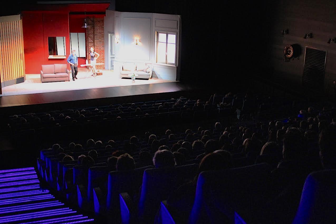 « Des gens intelligents » sur scène à Biguglia