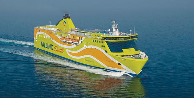Le mega express 6 un nouveau navire pour la corsica ferries for Mega express 2 piscine