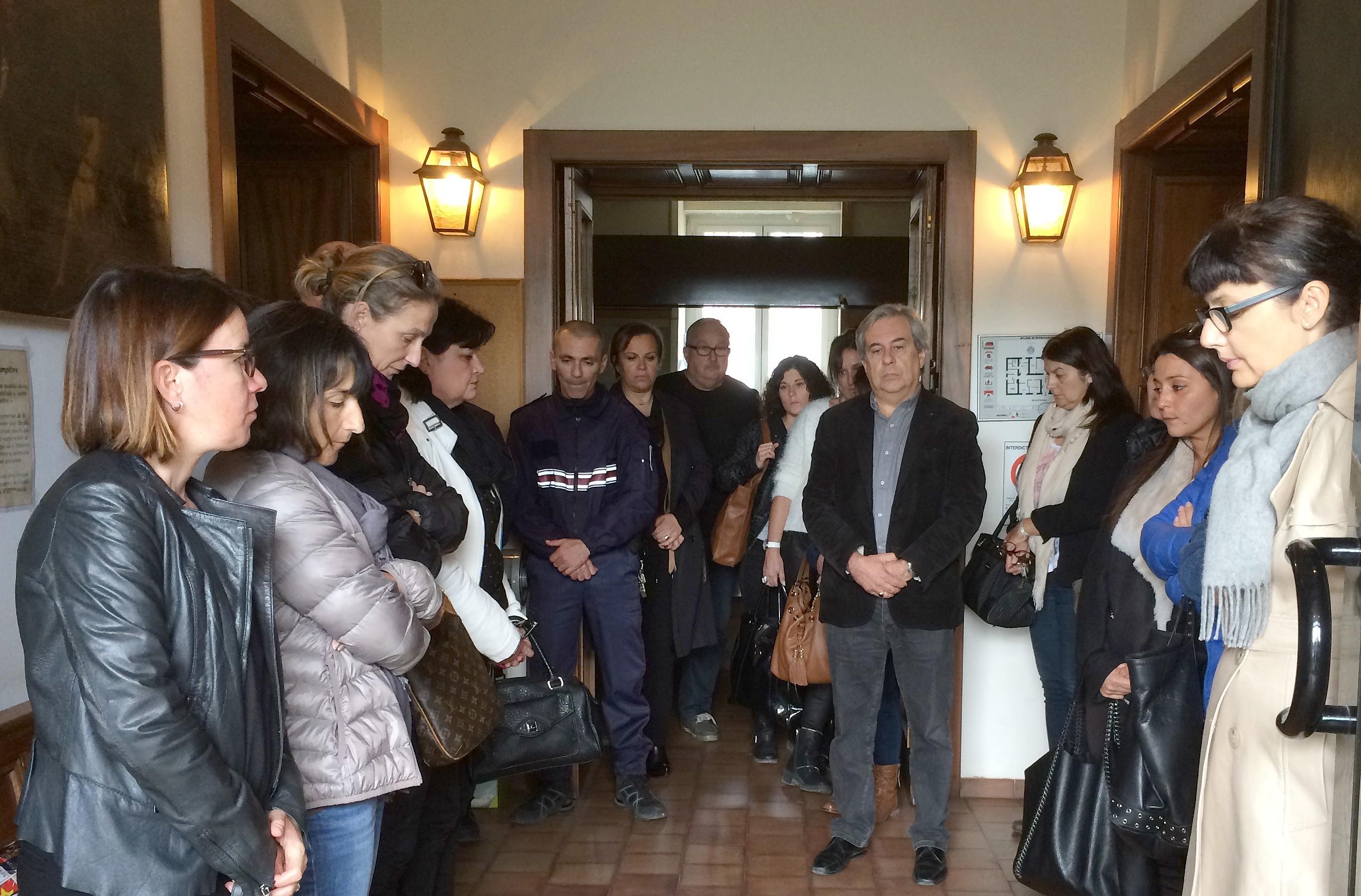 Attentats : Hommage aux victimes de Paris à l'hôtel de ville de Calvi