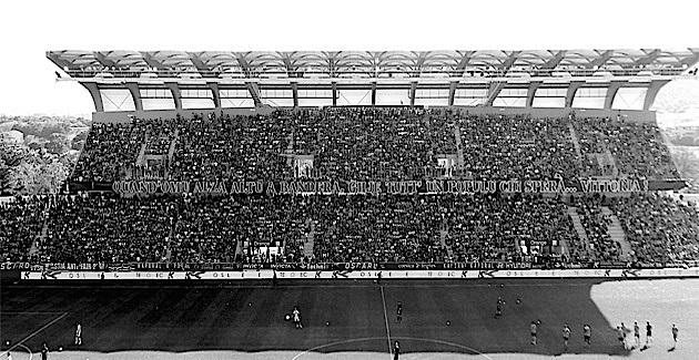 """Sporting-GFCA :  Le """"Diu Vi Salvi Regina"""" et 130 ballons blancs et 1 ballon bleu libérés vers le ciel…"""
