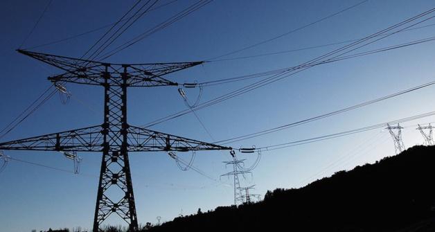 Tempête : 9 000 clients privés d'électricité  en Corse