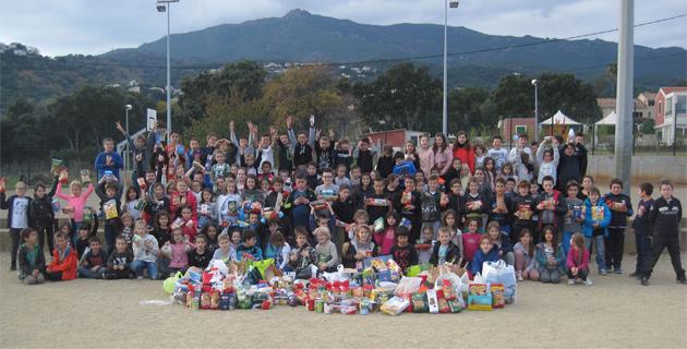 Les élèves de la filière bilingue de l'école de Borgu se mobilisent pour la Sant'Andria