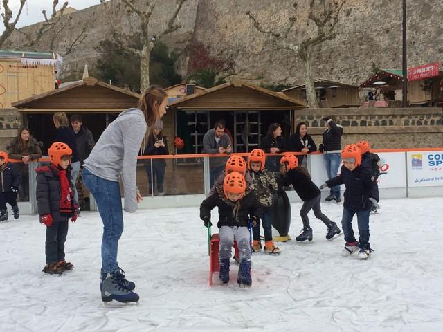Les enfants de l'école maternelle de Santore invités à la patinoire de Calvi