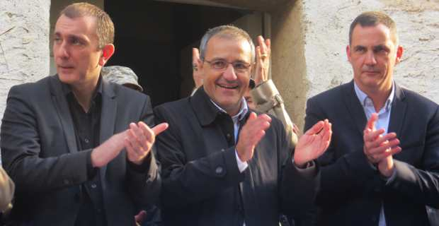Jean-Christophe Angelini (Femu a Corsica), Jean-Guy Talamoni (Corsica Libera) et Gilles Simeoni (Femu a Corsica), tête de liste Pè à Corsica, le 8 décembre à Corte.