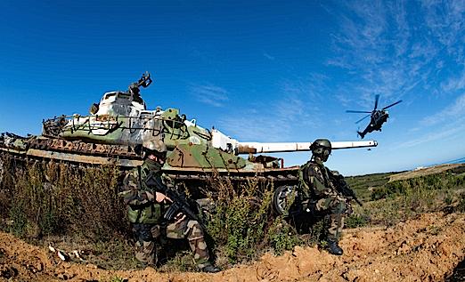 """L'opération """"Salamandre"""" dans le ciel de Corse"""