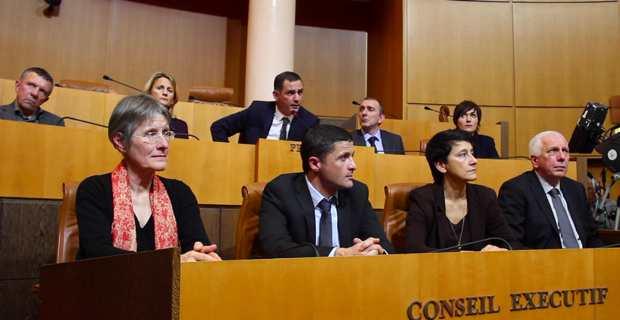 Le nouveau Conseil exécutif de l'Assemblée de Corse.