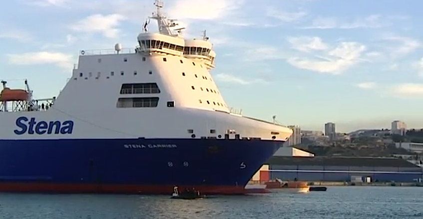 """Le """"Stena Carrier"""" toujours en rade à Marseille"""