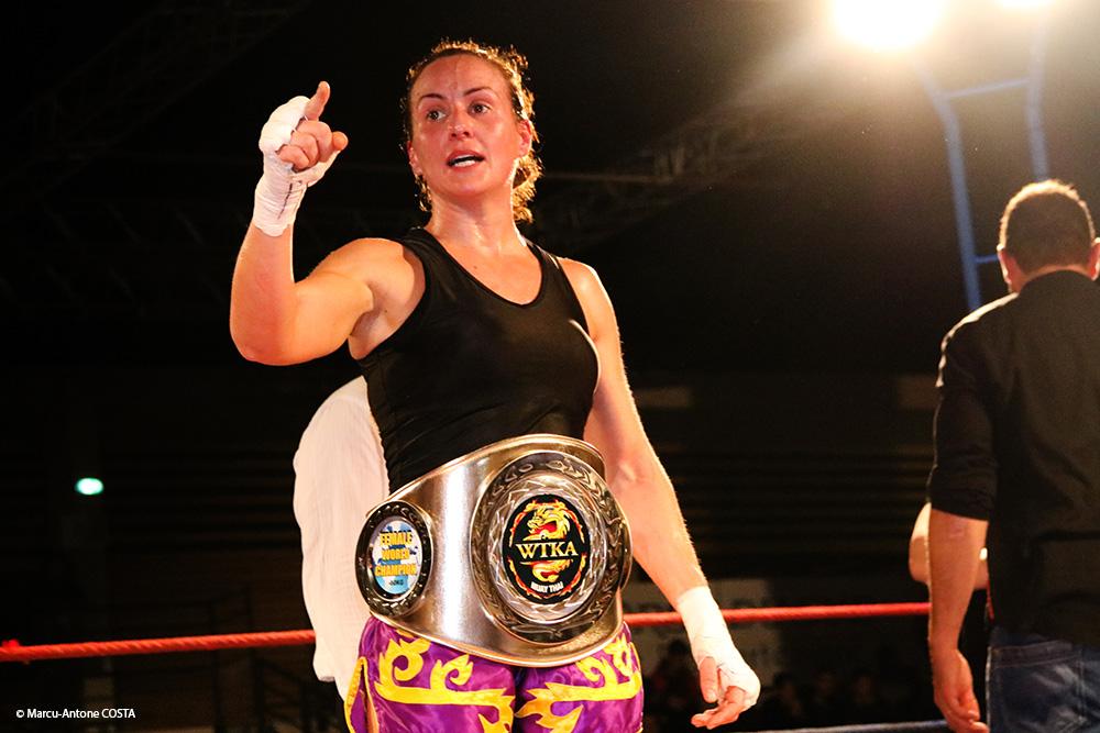 La ceinture à la championne (© Marcu-Antone COSTA)