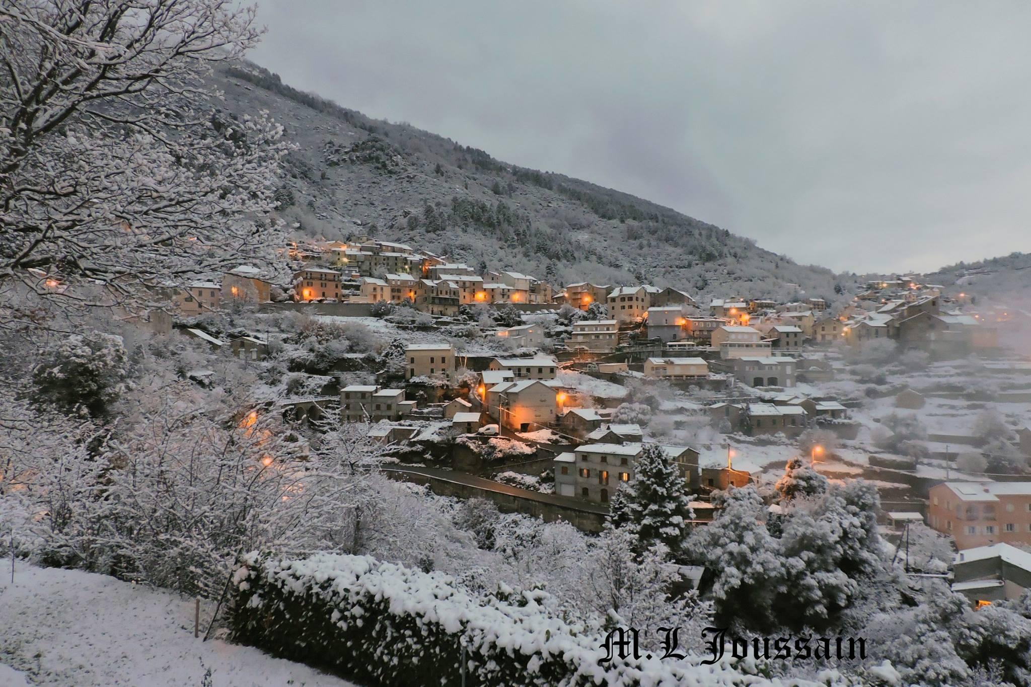 Le Venacais sous la neige : La jolie carte postale