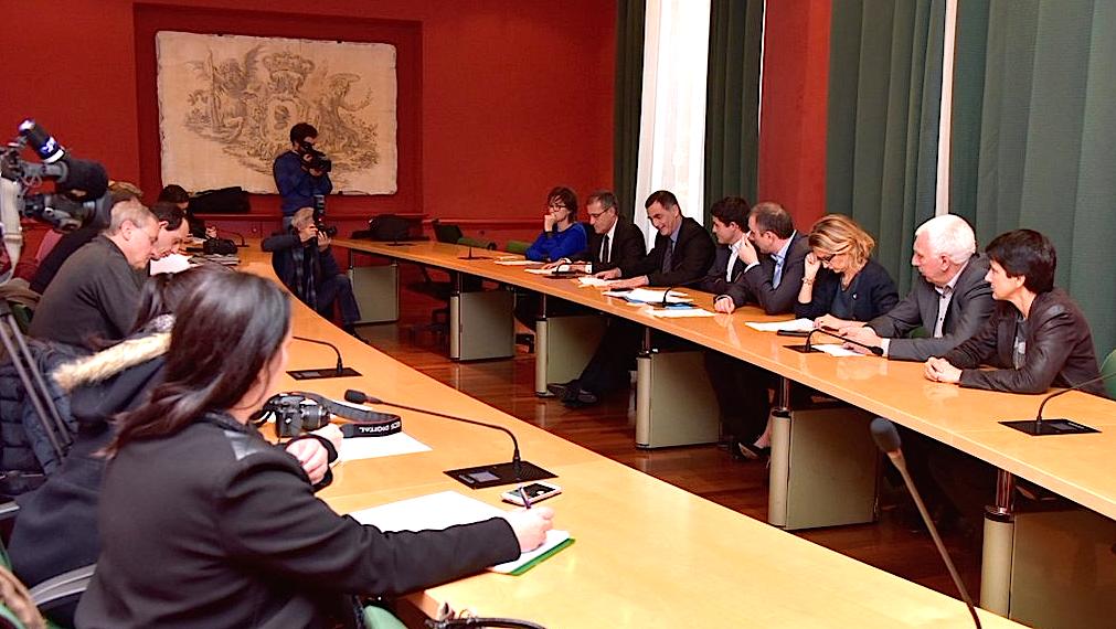 Transports maritimes : Protocole d'accord pour la création d'une compagnie régionale dans les trois mois