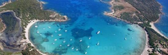 """La baie d'A Rondinara, classée """"espace remarquable protégé""""."""