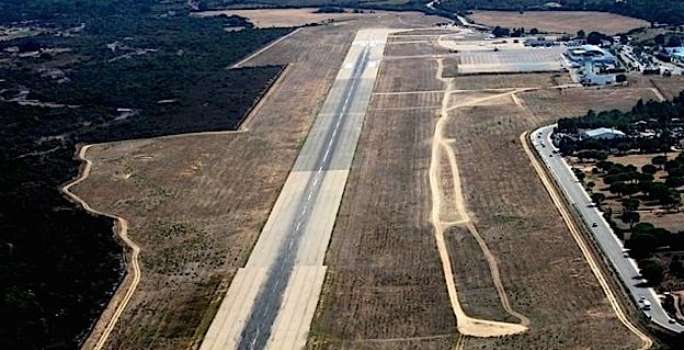 Les travaux sur la piste et sur la bretelle d'accès ont débuté à l'aéroport Calvi-Balagne