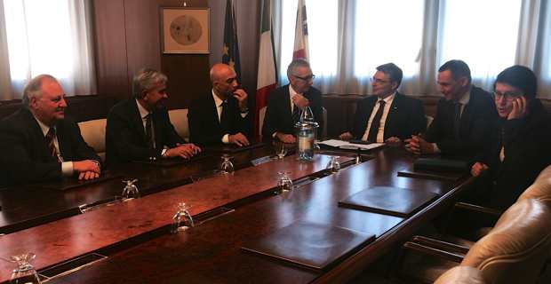 Rencontre avec les présidents sardes et les assesseurs du Conseil exécutif sarde.