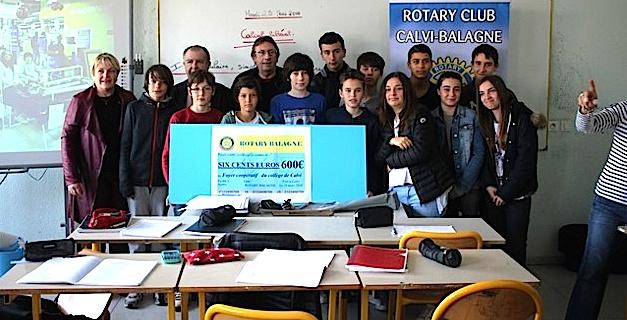 Le Rotary Calvi-Balagne remet un chèque au collège Jean-Orabona de Calvi