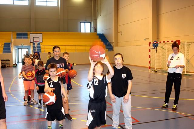 Enfants en  fête au complexe sportif de Calvi-Balagne