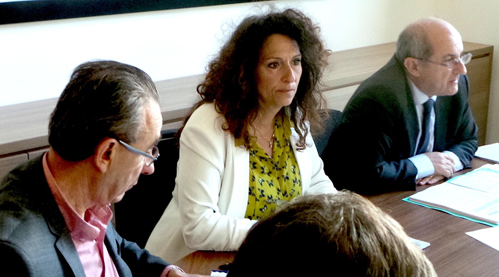 """Pierre Chaubon (à droite) : """"On ne peut pas laisser dire que le tri n'est pas fait au sein de la communauté des communes. C'est faux."""""""