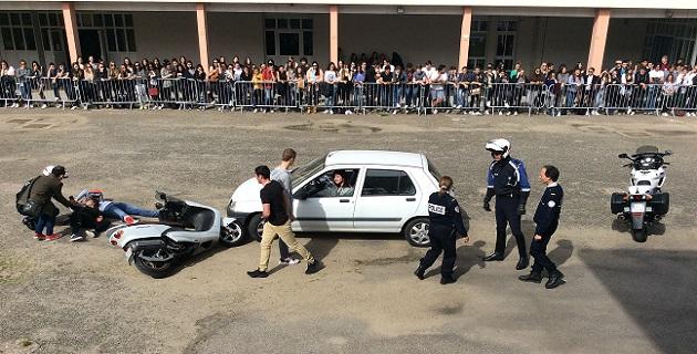 Sécurité Routière : Simulation d'accident de grande envergure au lycée Laetitia d'Ajaccio