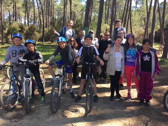 Prunelli-di-Fium'orbu : Les enfants du Sessad en VTT à Pinia