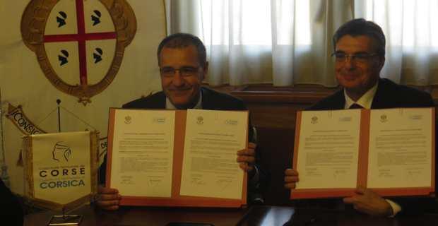 Les présidents des deux assemblées, Jean-Guy Talamoni pour la Corse et Gianfranco Ganau pour la Sardaigne, ont signé, le 28 avril à Cagliari, le pacte commun de partenariat entérinant la création d'une Consulta sardo-corsa.
