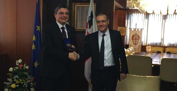 Jean-Guy Talamoni, président de l'Assemblée de Corse, en compagnie de son homologue sarde, Gianfranco Ganau.