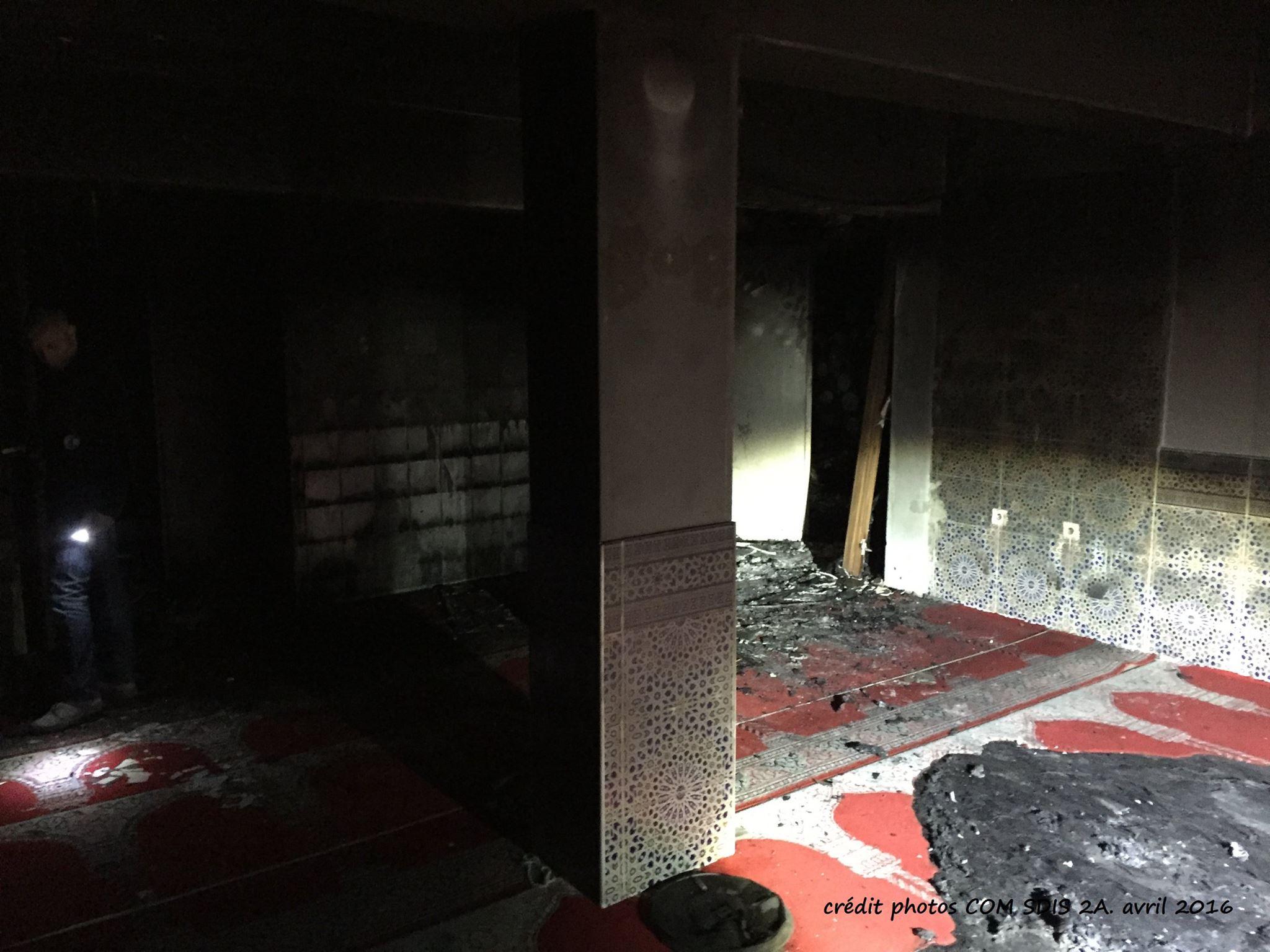 La salle de prière musulmane de Mezzavia détruite par un incendie