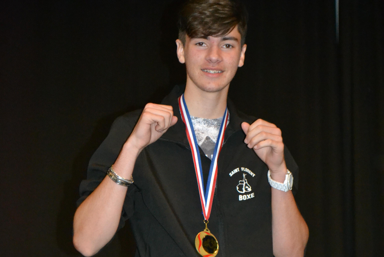 Ruben Neto (Saint-Florent boxe) médaille de bronze au critérium national