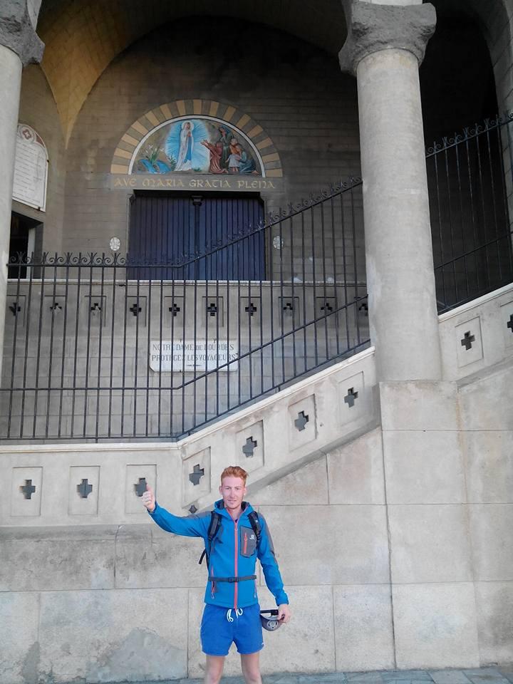 Kevin Fuentes marche sur les routes de France après celles de Haute-Corse