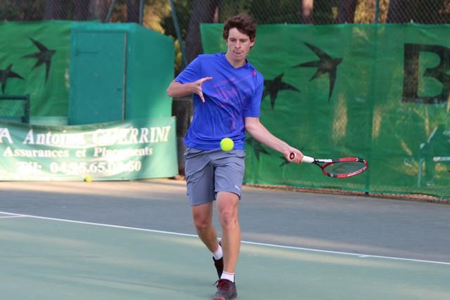 Les finales des championnats de Corse de tennis ce lundi à Calvi
