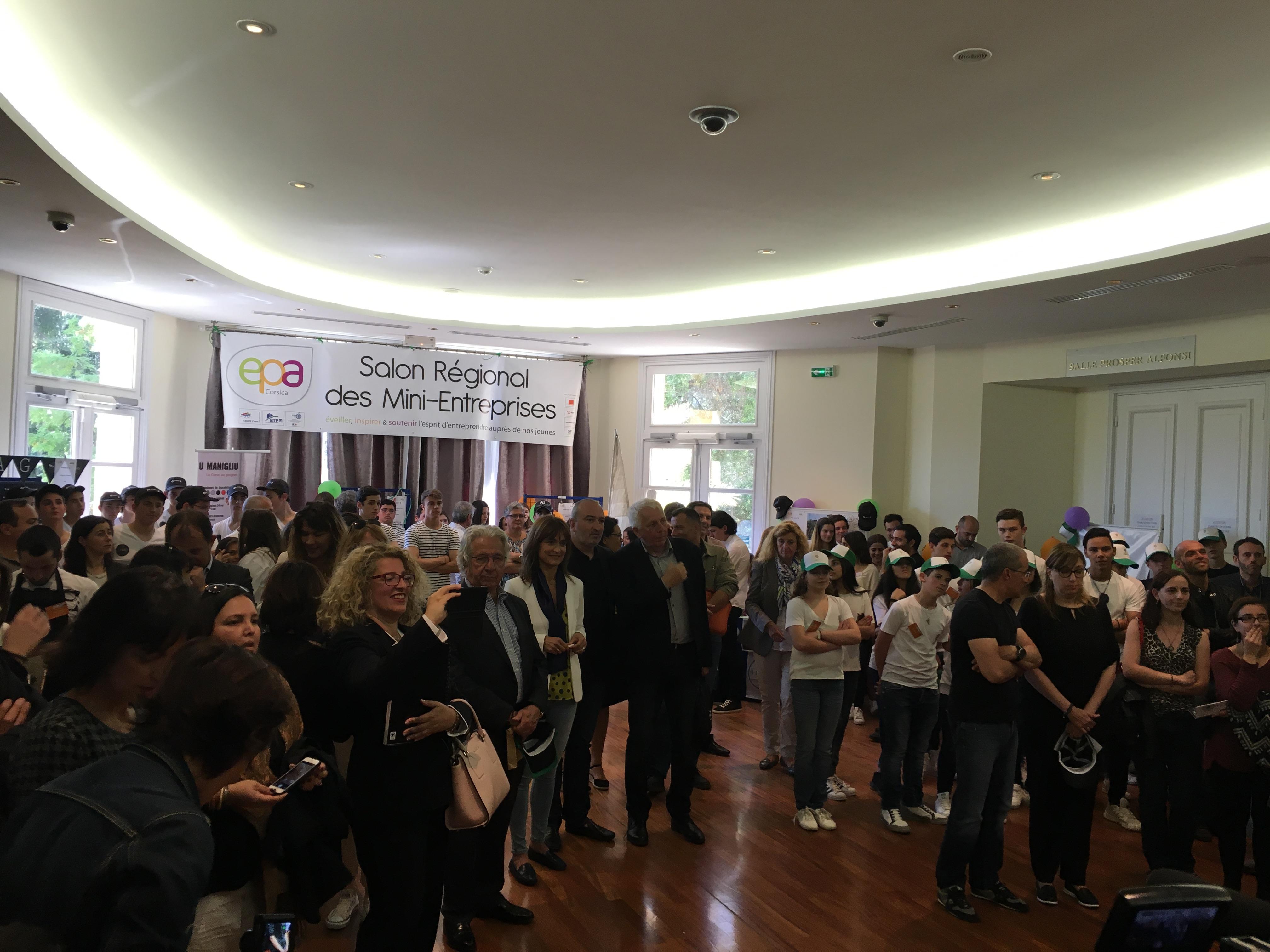 Trois équipes de jeunes entrepreneurs défendront la Corse au salon des minis-entreprises à Paris