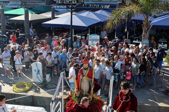 Procession en ville et pélerinage en Mer pour Saint Erasme à Calvi