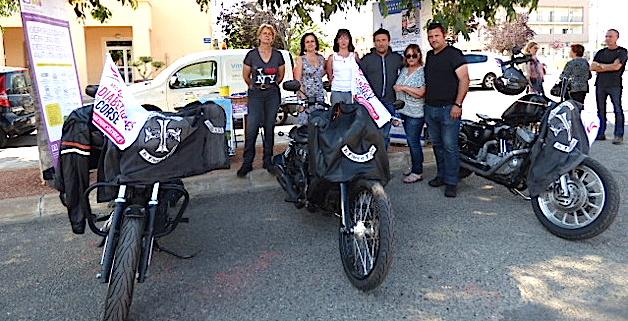 Trois membres des bikers du Semper Immota ont fait du bruit pour aider l'AFD 20