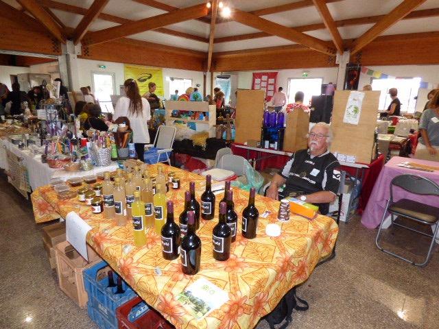 De nombreux stands de produits naturels à l'occasion de ce festival.