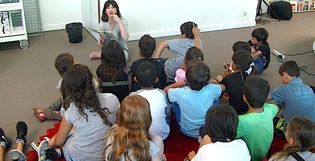 """""""E puesie di a furmicula"""" à la médiathèque de l'Alb'Oru"""