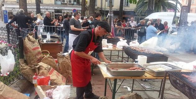 Ajaccio : Barbecue géant offert par des artisans boulangers et bouchers passionnés