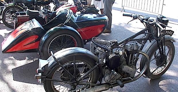 Bastia : Des motos de toutes les couleurs et de tous les âges sur la place Saint Nicolas