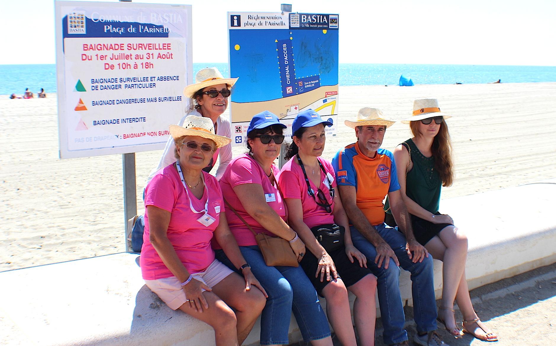 """Leslie Pellegri (à droite) avec """"l'équipe"""" du Comité de Haute-Corse de La Ligue contre le cancer"""