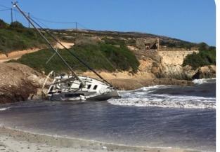 Le voilier a été désenchoué par l'équipage de la SNSM