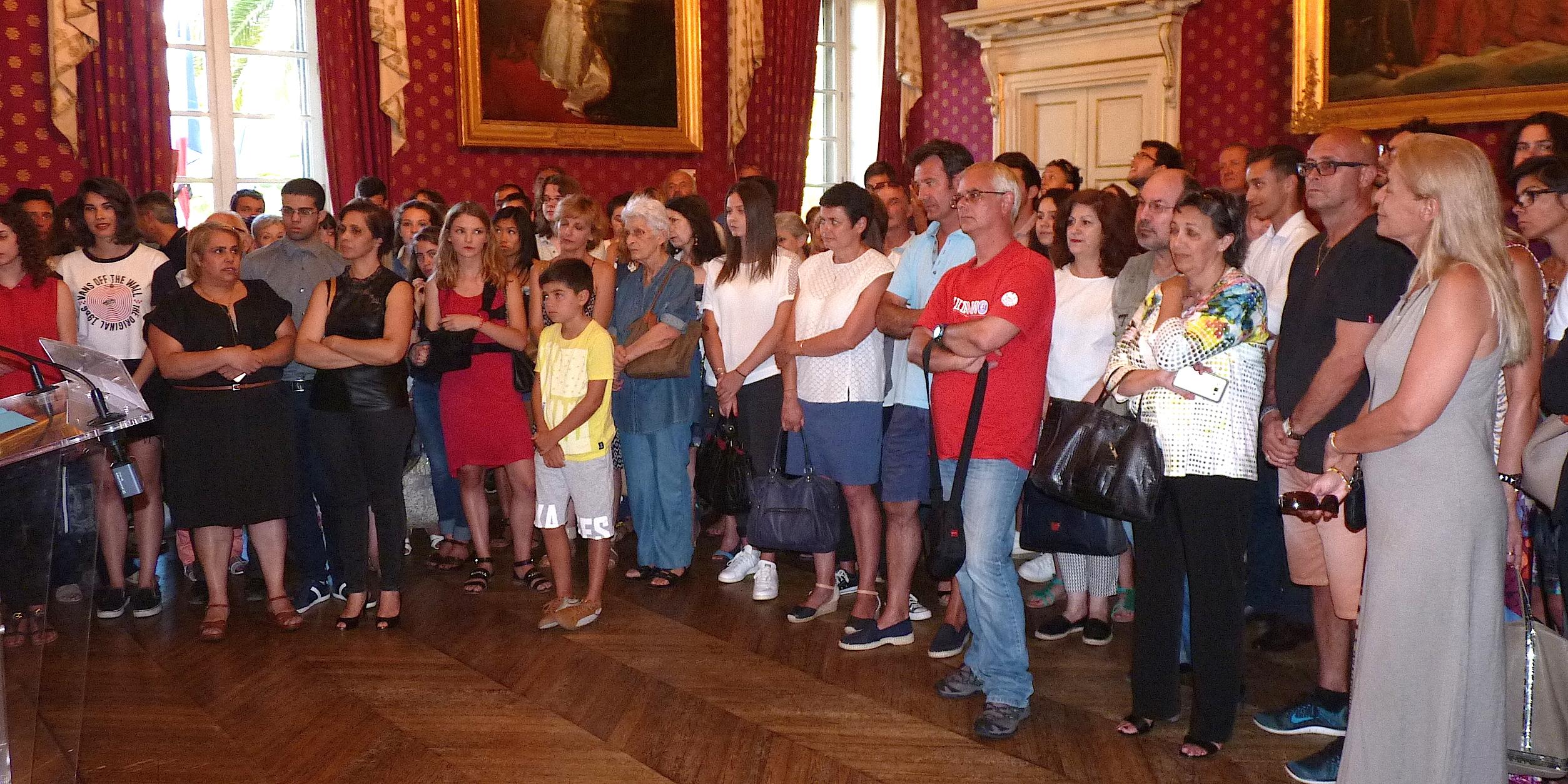 Les lauréats du Bac mention  « très bien » reçus à la mairie d'Ajaccio