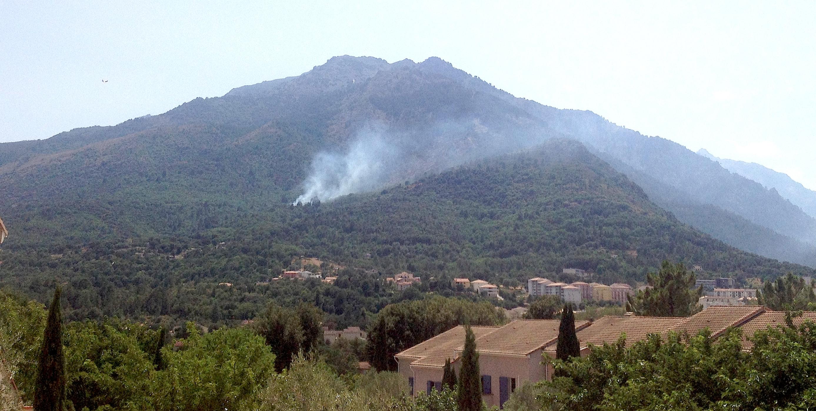 Le feu a éclaté vers 14h30. (Photo M.-A. M)