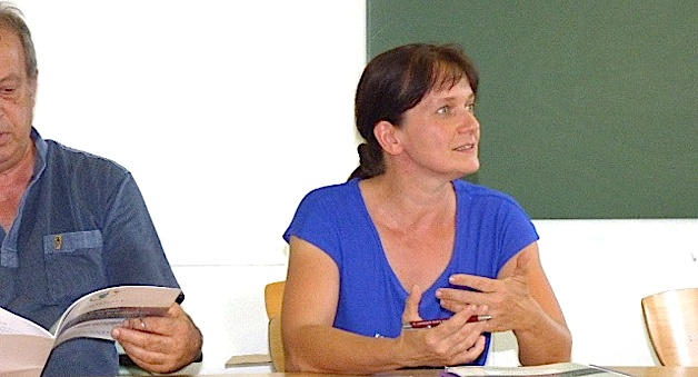 Magali Gozzi est venue expliquer le rapport sur le plan d'action pour la réduction et le traitement des déchets ménagers de Corse.