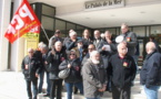 PCF et CGT devant le siège de la Corsica Ferries