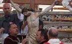 A Calvi, procession di a Cerca, descente de croix et mise  au sépulcre du Christ