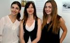 Sonia Moretti (Canopé) entourée d'élèves du lycée Giocante