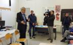 Le député de Haute-Corse Michel Castellani au collège de Saint-Florent