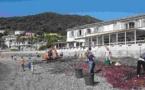 """Opération """"plage propre"""" à Miomu"""