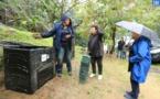 Installation d'un composteur en immeuble aux Jardins de l'Empereur
