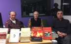 """Guido Benigni (à gauche) et Ange-Laurent Bindi entourant Ghjacumu Fusina, auteur il y a quelques années de """"Noëls de Corse"""""""