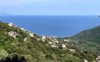 La photo du jour : La vallée de Lota, face à la mer