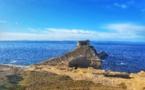 La photo du jour : la plage Saint-Antoine de Bonifacio et sa grotte