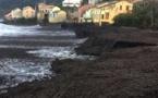 Cap Corse : Des mesures d'urgence pour remettre en état les plages après la tempête et sauver la saison touristique